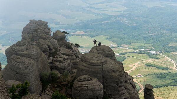 Долина привидений на западном склоне южной гряды Демерджи
