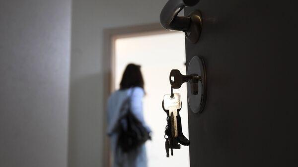 Входная дверь квартиры в новостройке