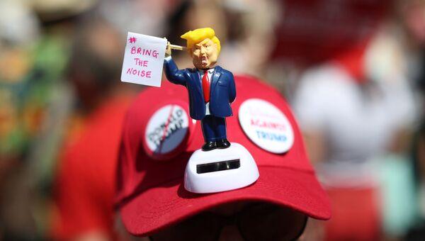 Акция протеста против президента США Дональда Трампа в Лондоне