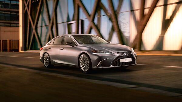 Lexus ES. Архивное фото