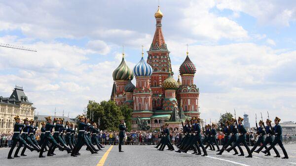 Репетиция развода караулов президентского полка на Красной площади
