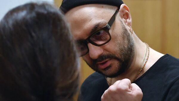 Кирилл Серебренников, обвиняемый в хищении денежных средств, во время рассмотрения ходатайства следствия о продлении ему меры пресечения в Басманном суде Москвы. 18 июля 2018