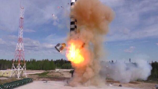 Испытание новой баллистической ракеты Сармат. Архивное фото