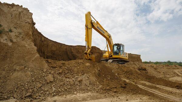 Добыча глины для Новокубанского завода керамических стеновых материалов
