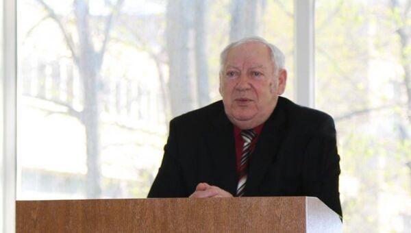 Генерал-майор милиции в отставке Виктор Васильевич Бураков. Архивное фото