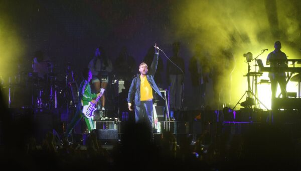 Деймон Албарн и британская группа Gorillaz выступает на музыкальном фестивале Park Live в Центральном парке культуры и отдыха имени Горького в Москве.