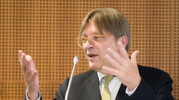 Глава фракции либералов в Европейском парламенте Ги Верхофстадт. Архивное фото