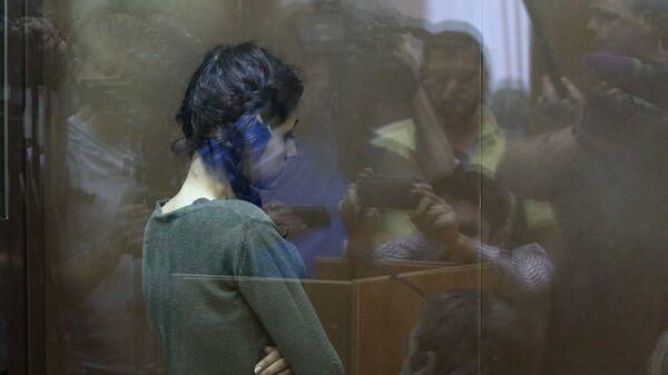 Одна из сестер Хачатурян в Останкинском суде. Архивное фото