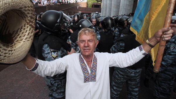 Акция протеста против закона о языках в Киеве. 2012 год