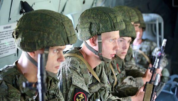 Тактические учения по высадке воздушно-морского десанта на полигоне Хмелевка в Калининградской области. Архивное фото