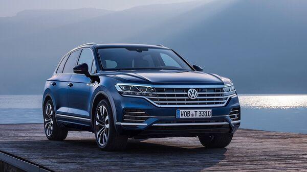 Автомобиль Volkswagen Touareg