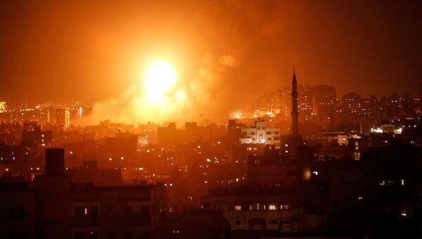 Авиаудар израильских ВВС по Газе. 8 августа