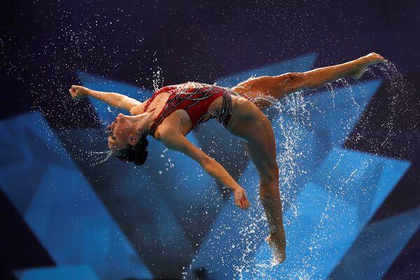 Участница сборной Израиля во время выступления на чемпионате Европы по водным видам спорта в Глазго