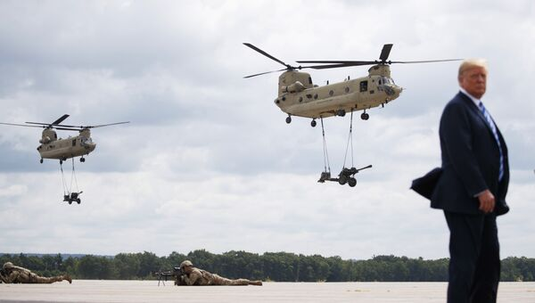 Президент США Дональд Трамп на военной базе Форт-Драм в штате Нью-Йорк. Архивное фото