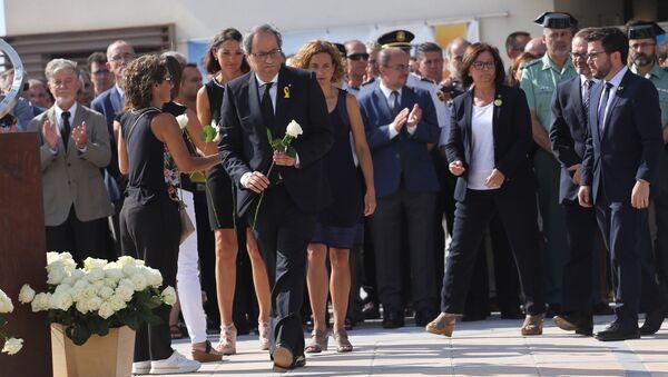 Председатель женералитета Каталонии Ким Торра на траурном мероприятиии в Камбрильсе в первую годовщину терактов