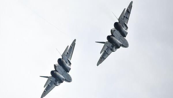 Многофункциональные истребители Су-57. Архивное фото