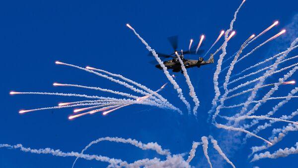 Вертолет Ка-52 Аллигатор на закрытии IV Международного военно-технического форума «Армия-2018»