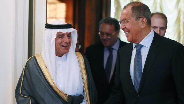 Министр иностранных дел РФ Сергей Лавров и министр иностранных дел Саудовской Аравии Адель аль-Джубейр во время встречи