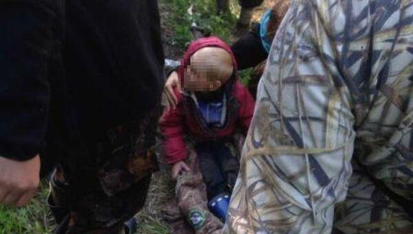 Найденный в лесу возле Рефтинского водохранилища четырехлетний Дима Песков