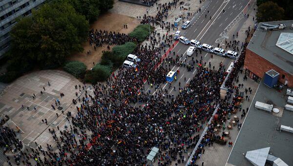 Полицейские и протестующие в Хемнице. 1 сентября 2018