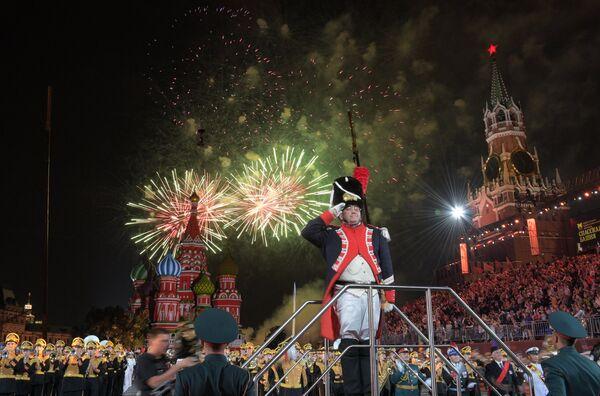 Закрытие XI Международного военно-музыкального фестиваля Спасская башня