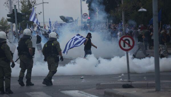 Участники митинга Македония — это Греция в Салониках. 8 сентября 2018