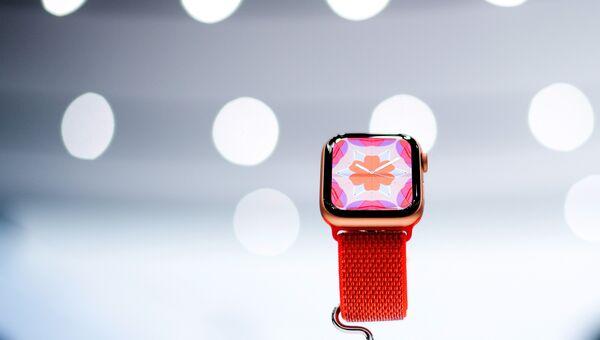 Модель Apple Watch Series 4. 12 сентября 2018 года