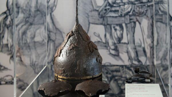 Боевой шлем времен Ивана Грозного в Звенигородском историко-архитектурном музее