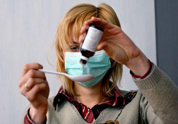 Заболеваемость гриппом и ОРВИ снижается в Москве третью неделю подряд