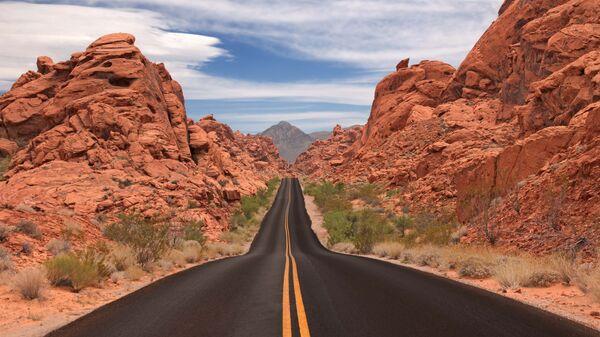 Дорога Valley of Fire Road в США