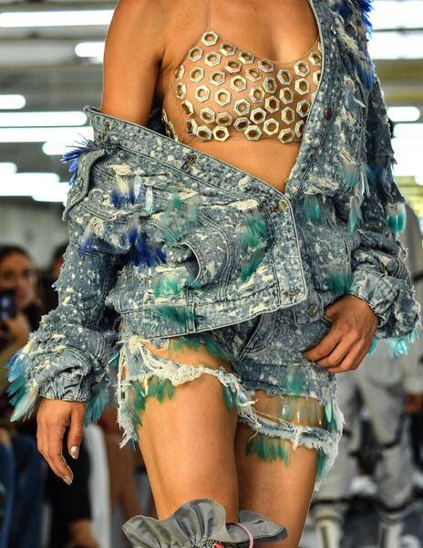 Показ коллекции Byblos в рамках Недели моды в Милане