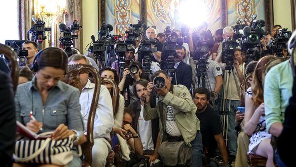 Представители прессы в Киеве