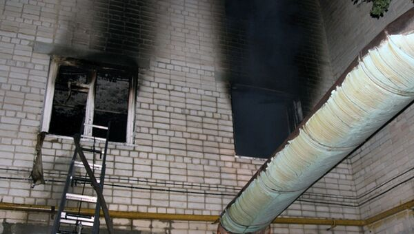 На месте пожара в многоквартирном доме на улице Буровой в Саратове. 24 сентября 2018