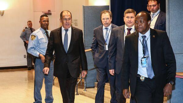 Министр иностранных дел России Сергей Лавров на встрече министров иностранных дел пятерки по Ирану на полях 73-ей сессии Генассамблеи ООН в Нью-Йорке