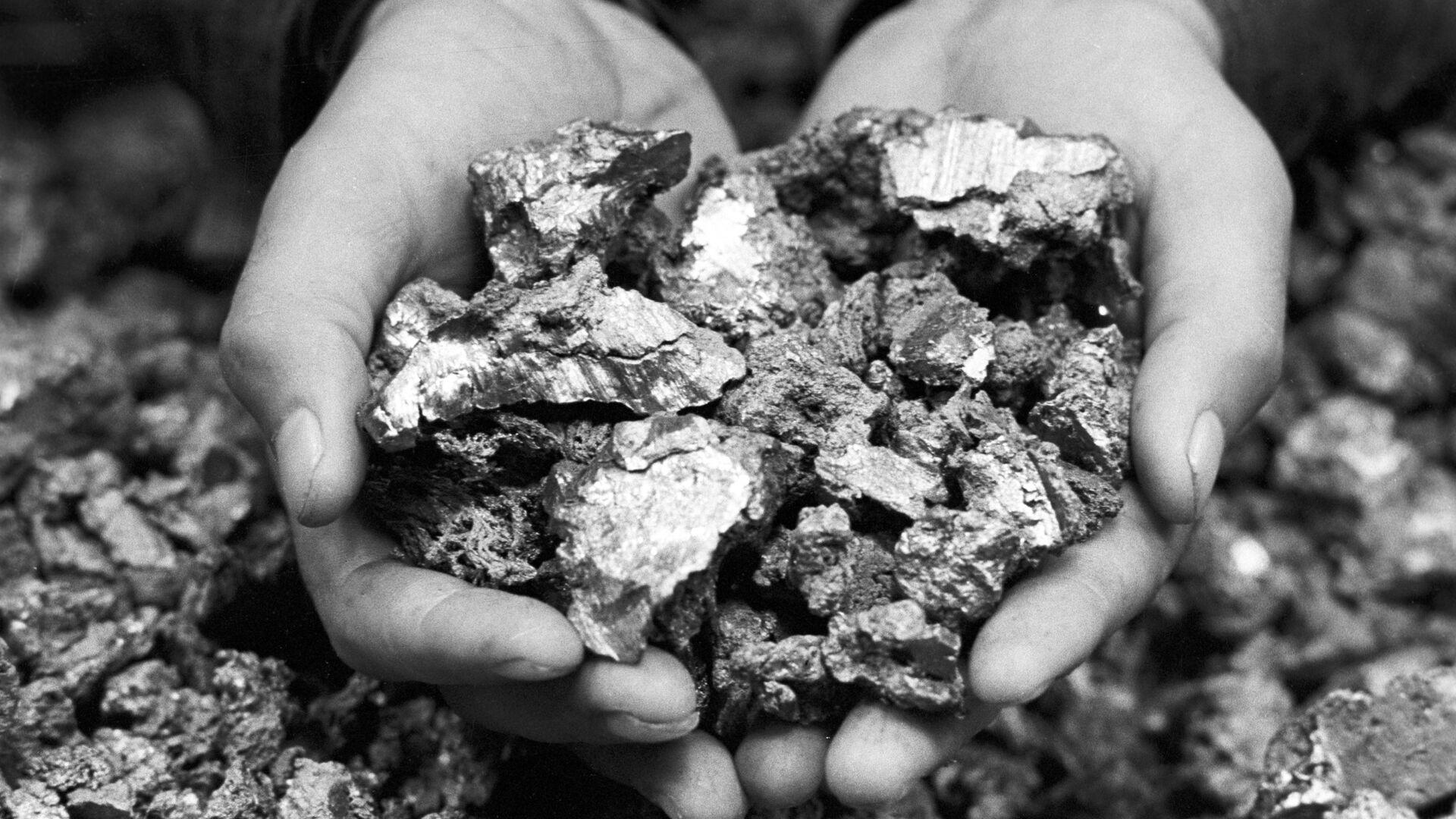 Итоги года: черно-белый год цветной металлургии