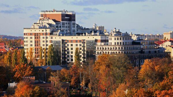 Жилой комплекс современной постройки на улице Дмитрия Донского в Калининграде
