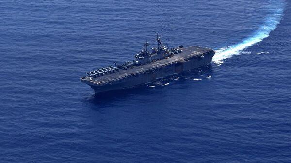 Универсальный десантный корабль типа Уосп ВМС США в Южно-Китайском море. 26 сентября 2018