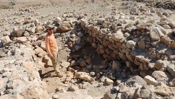 Раскопки в долине реки Иордан в районе Хирбет эль-Мастара