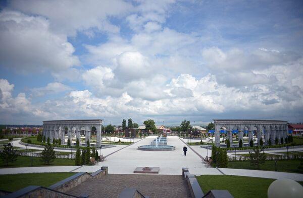 Мемориальный комплекс Девять башен, посвященный жертвам репрессий, в Назрани