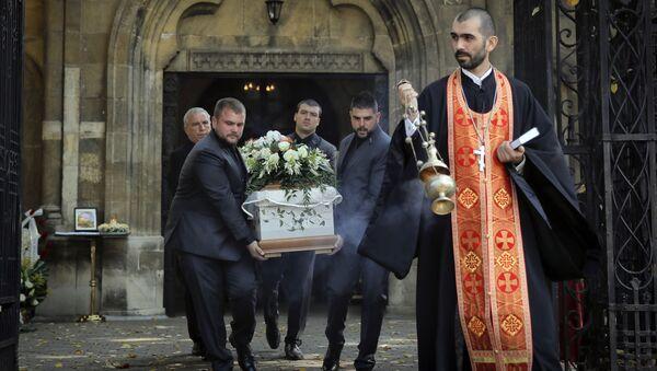 Похороны убитой болгарской журналистки Виктории Мариновой в городе Русе. 12 октября 2018