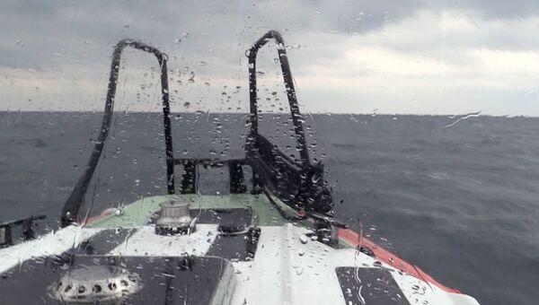Поисково-спасательная операция в акватории Черного моря. Архивное фото