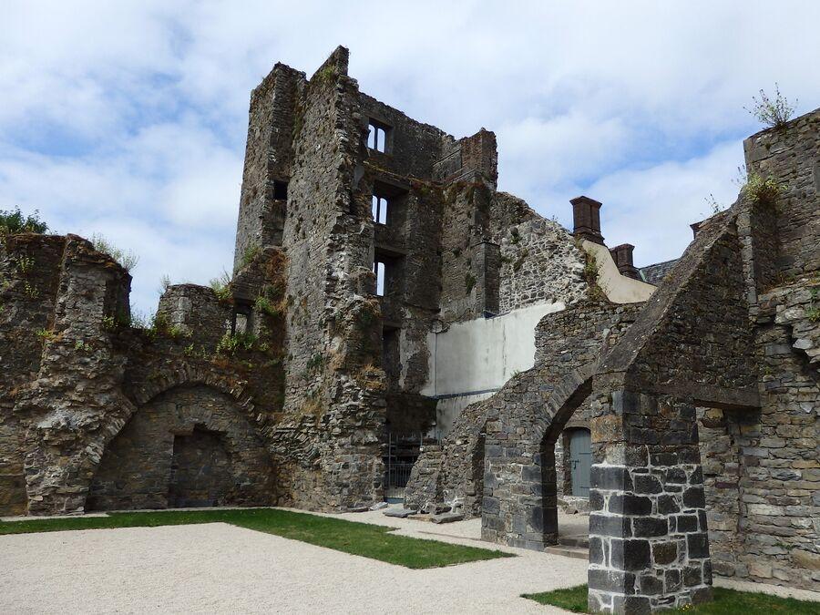 Внутри замка Ормонд
