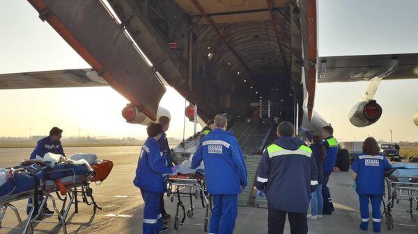 В Москву доставили на лечение пострадавших при нападении на керченский колледж