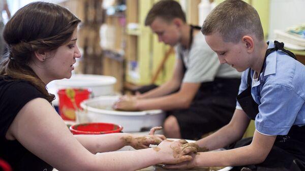 Волонтеры ОНФ открыли более 700 бесплатных кружков для детей
