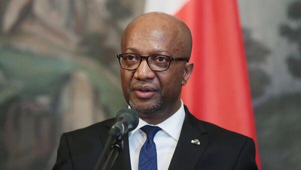 Министр иностранных дел Мадагаскара Элуа Альфонс Максим Дуву
