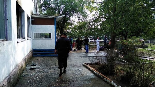 Место взрыва газовоздушной смеси в офисном здании в Керчи. 22 октября 2018