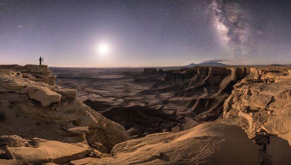 Работа фотографа Brad Goldpaint Transport the Soul. Конкурс Insight Astronomy Photographer of the year 2018