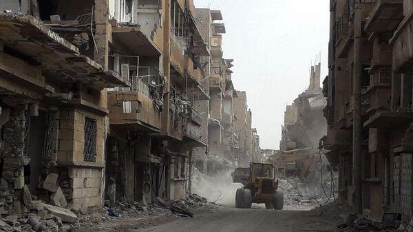 Разрушенные здания в Дейр-эз-Зоре