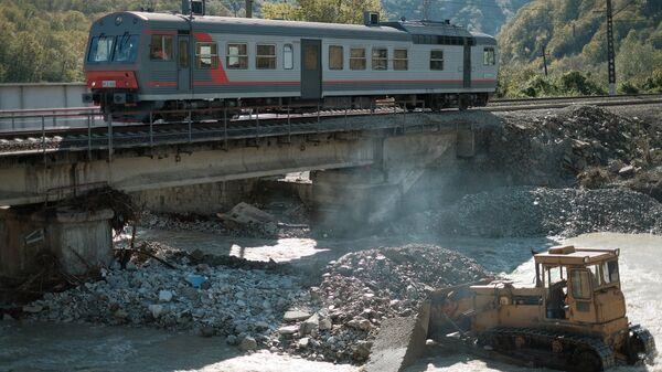 Аварийно-восстановительные работы по ликвидации последствий сильных дождей на территории Краснодарского края