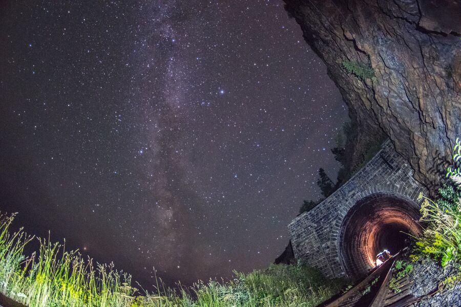 Ночевка в тоннеле Столбы - 2. Вид снаружи